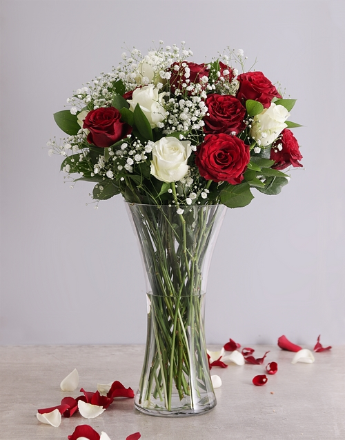 birthday Full Red and White Roses in a Vase