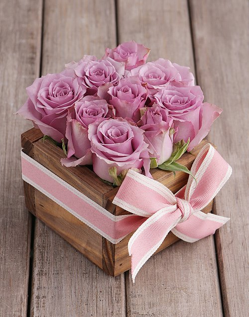 roses Lilac Roses in Wooden Box