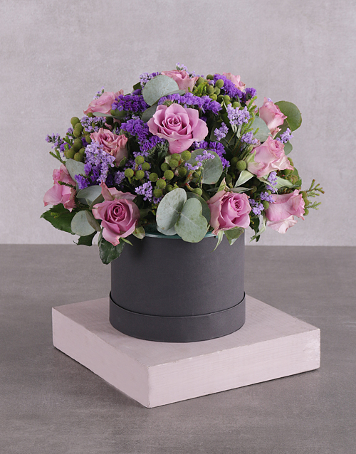roses Hatbox of Lilac Roses