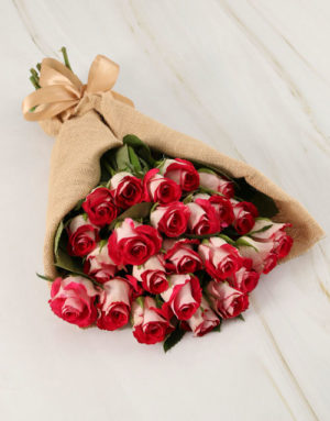 roses Classy Roses in Hessian Wrapping