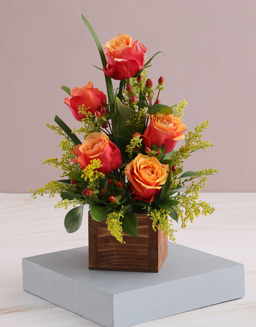 roses Cherry Brandy Roses in Wooden Box